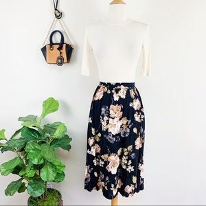 New Abercrombie floral skirt